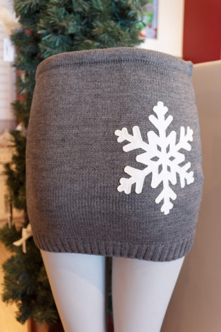 Lady's SkiBums Bum Warmer with Snowflake on Grey Skirt