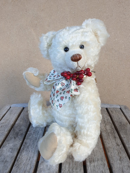 Winterberry, robin rive white wavy mohair bear