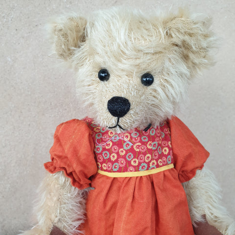 Sandrine, 3ocm Robin Rive bear, OOAK collectible cream standing  mohair Teddy
