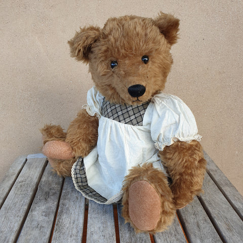 Sandy, 45cm traditional plush Collectible Robin Rive teddy