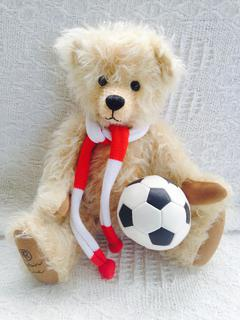 Dribble - KiwiCurio-Robin Rive-Teddy Bears-Limited Edition