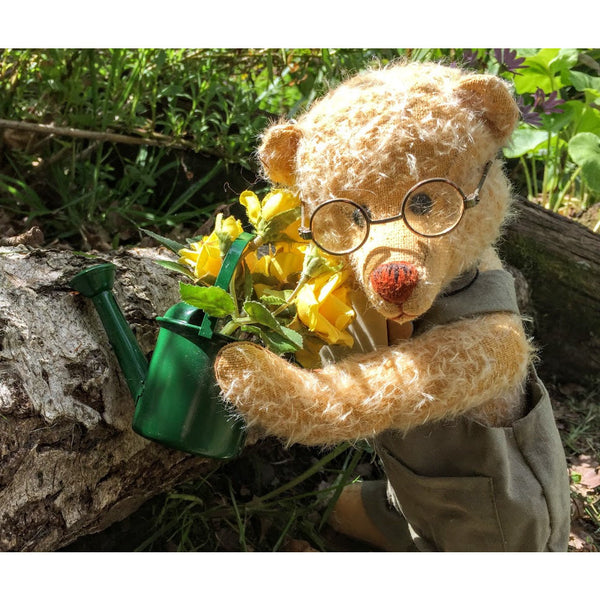 Grandpa Dixon - KiwiCurio-Robin Rive-Teddy Bears-Limited Edition