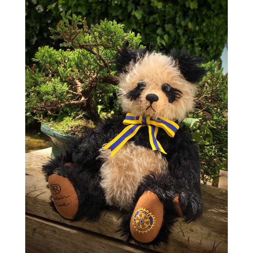 Huan Huan - KiwiCurio-Robin Rive-Teddy Bears-Limited Edition
