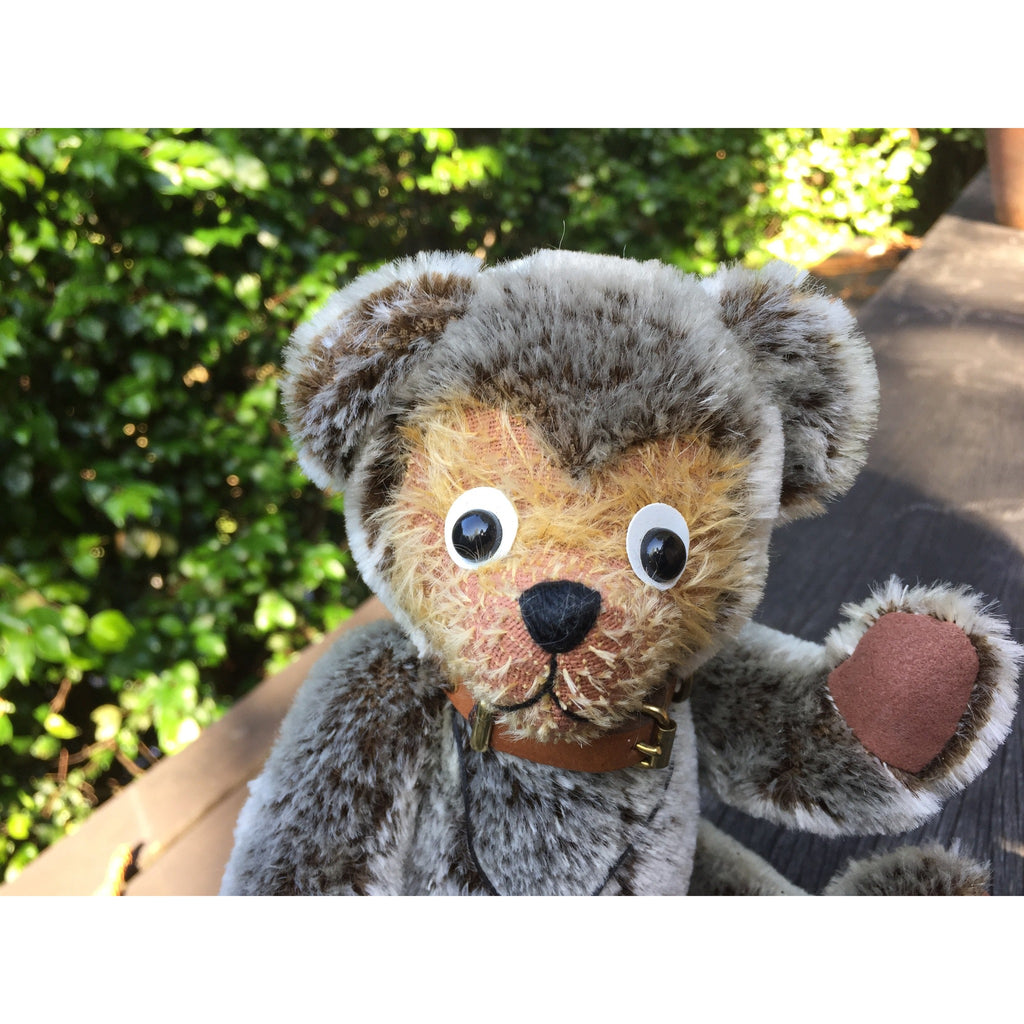 The Very First Teddy - KiwiCurio-Robin Rive-Teddy Bears-Limited Edition