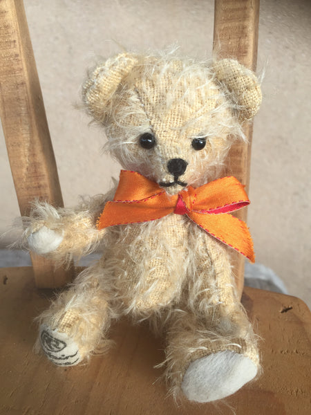 Jubilee Jonquil, 15cm tiny Robin Rive Bear, 2003 limited edition