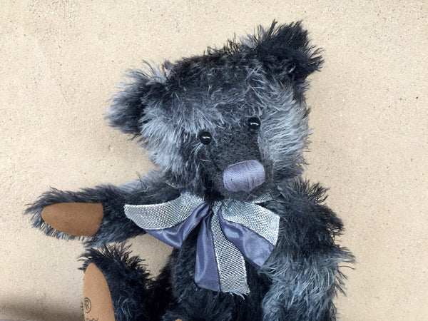 Chenille, Robin Rive Bear, 38cm OOAK collectible black and grey string mohair teddy