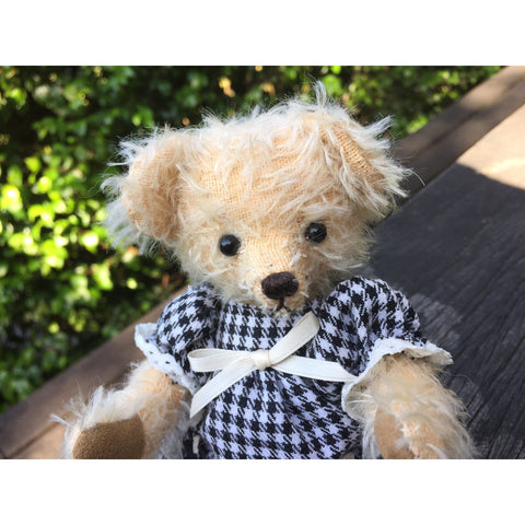Rachel - KiwiCurio-Robin Rive-Teddy Bears-Limited Edition