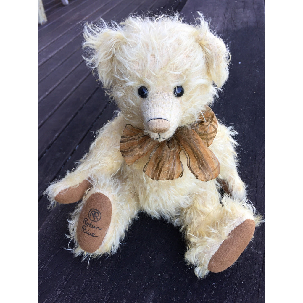 Freesia - KiwiCurio-Robin Rive-Teddy Bears-Limited Edition