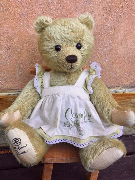 Suzannah - KiwiCurio-Robin Rive-Teddy Bears-Limited Edition