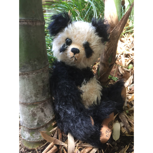 Isaac - KiwiCurio-Robin Rive-Teddy Bears-Limited Edition