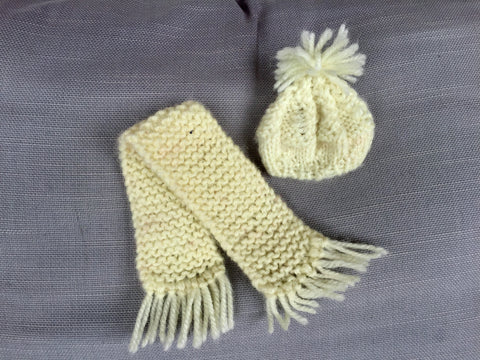 Knitted scarf and hat - KiwiCurio-Robin Rive-Teddy Bears-Limited Edition