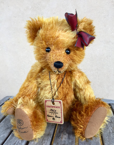 Maia - KiwiCurio-Robin Rive-Teddy Bears-Limited Edition
