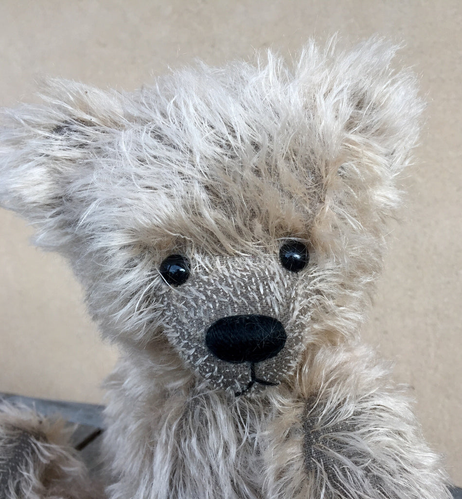 Griswald - KiwiCurio-Robin Rive-Teddy Bears-Limited Edition