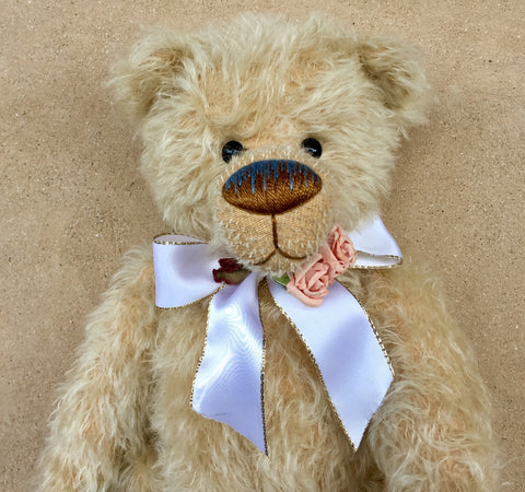 Rosamund - KiwiCurio-Robin Rive-Teddy Bears-Limited Edition