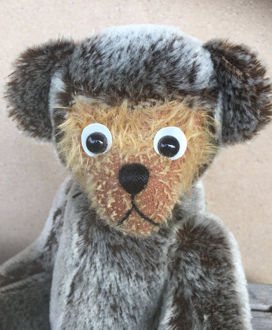 Caro, Robin Rive Bear, 30cm OOAK collectible bear cub
