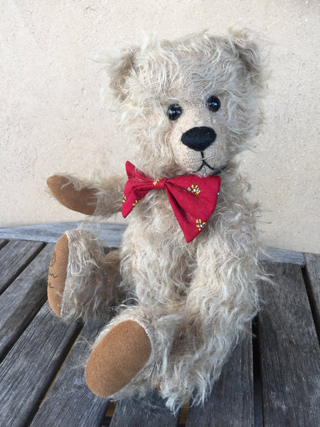 Alex, Robin Rive Bear, 28cm OOAK collectible in sparse taupe mohair