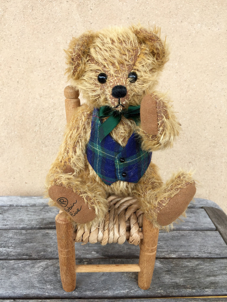 Wallace - KiwiCurio-Robin Rive-Teddy Bears-Limited Edition