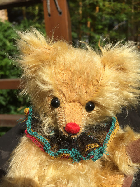 Pepi, 18cm small Robin Rive clown bear, red nose, sparkly green ruffle