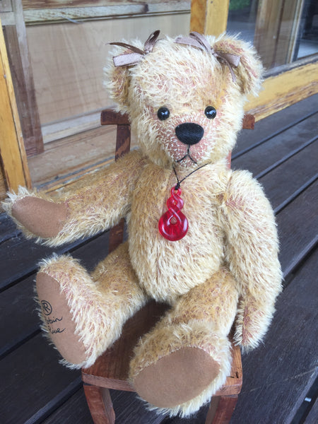 Eternity, OOAK Robin Rive Teddy Bear with maori eternity pendant