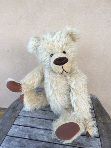 Virgil - KiwiCurio-Robin Rive-Teddy Bears-Limited Edition
