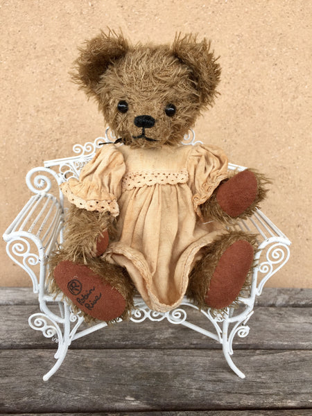 Wanda - KiwiCurio-Robin Rive-Teddy Bears-Limited Edition