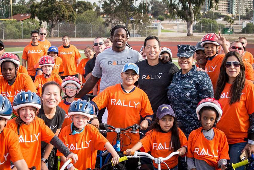 Melvin Gordon Gives Back to San Diego Community