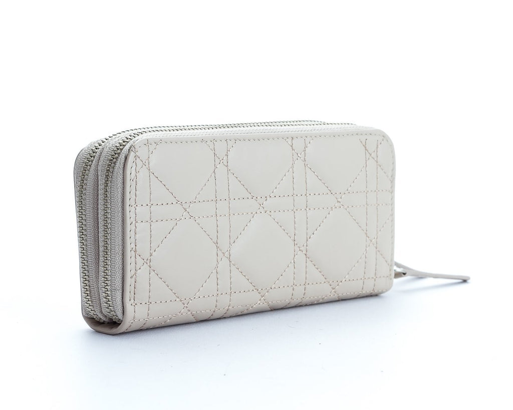 Adele Wallet - The Gaspy Collection