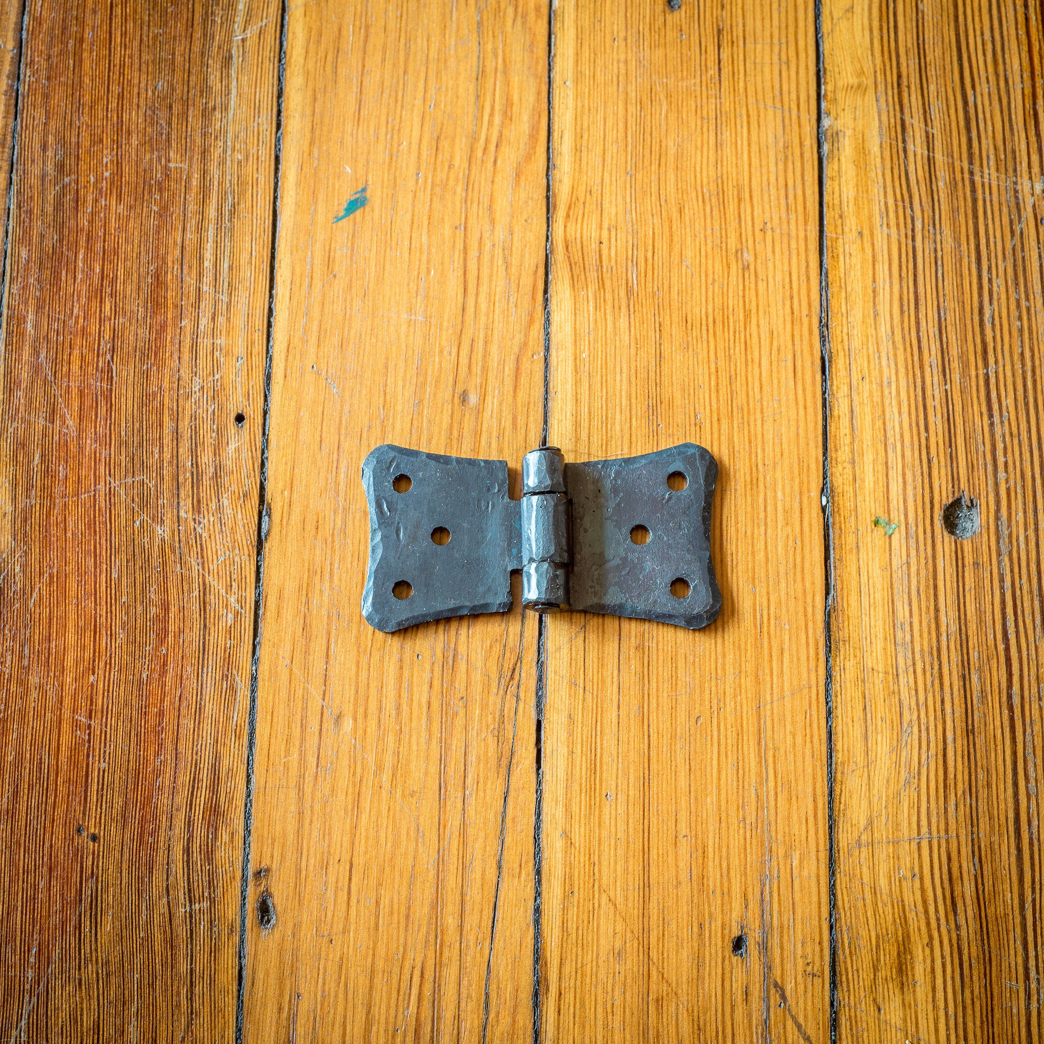bless install com tutorial show blesserhouse to doors hinges of house barns er barn a quick how sliding