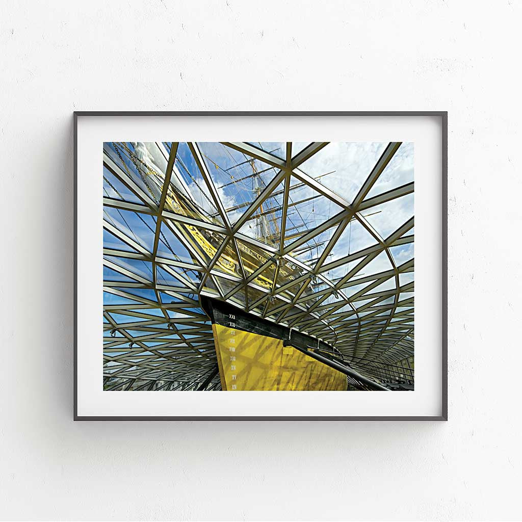 Cutty Sark Crystal Wave 1 Fine Art Print - Luxurious Walls