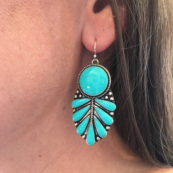 Fan Dance Earrings - Legendary Western