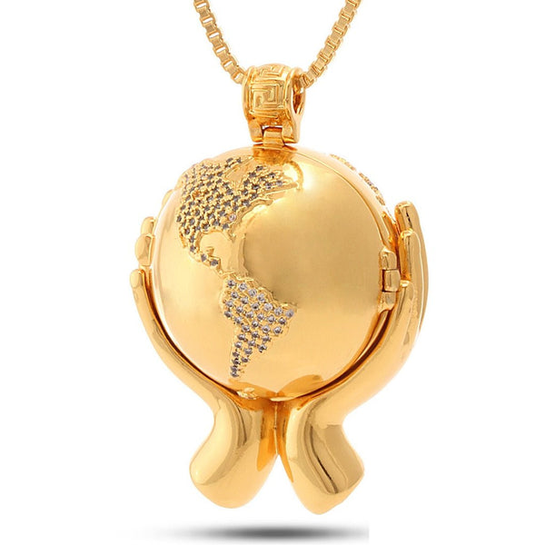 18K Gold World In Your Hands Necklace