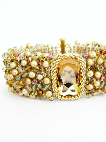 Gold Crystals & Pearls Beaded Bracelet