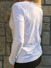 #beunlimited - White Long Sleeve - White/Silver