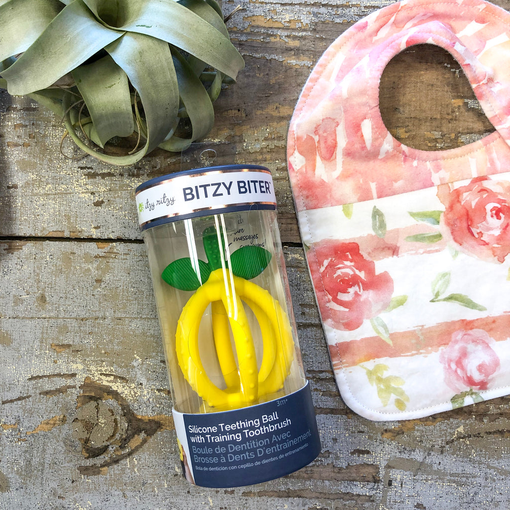 Itzy Ritzy - Bitzy Biter Lemon Drop Teething Ball