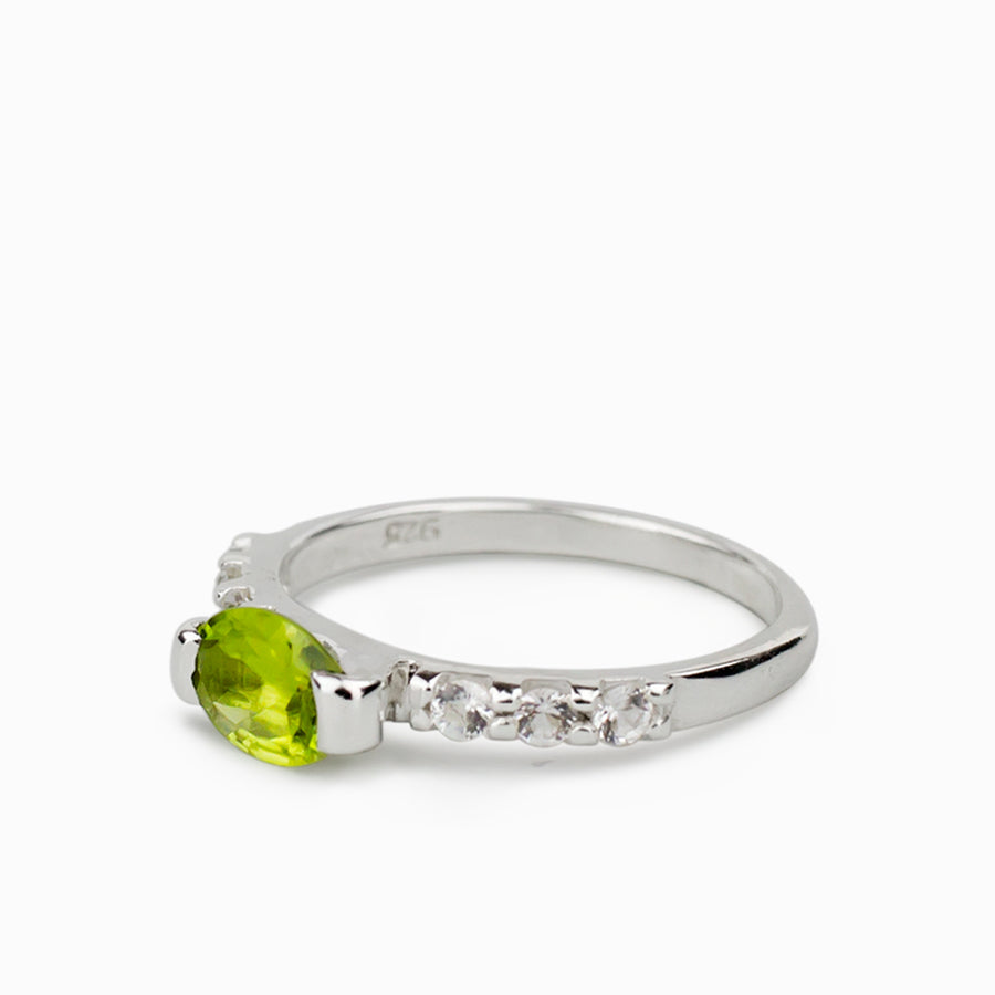 Peridot and White Topaz Ring