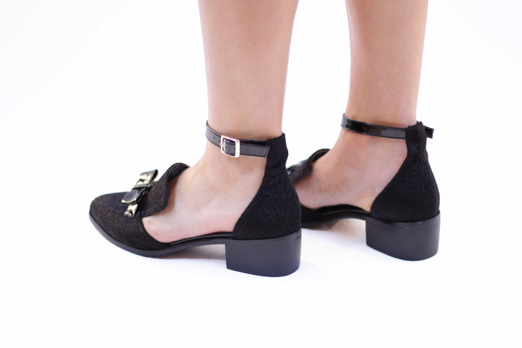 Jacca: Women's Flats with a small heel