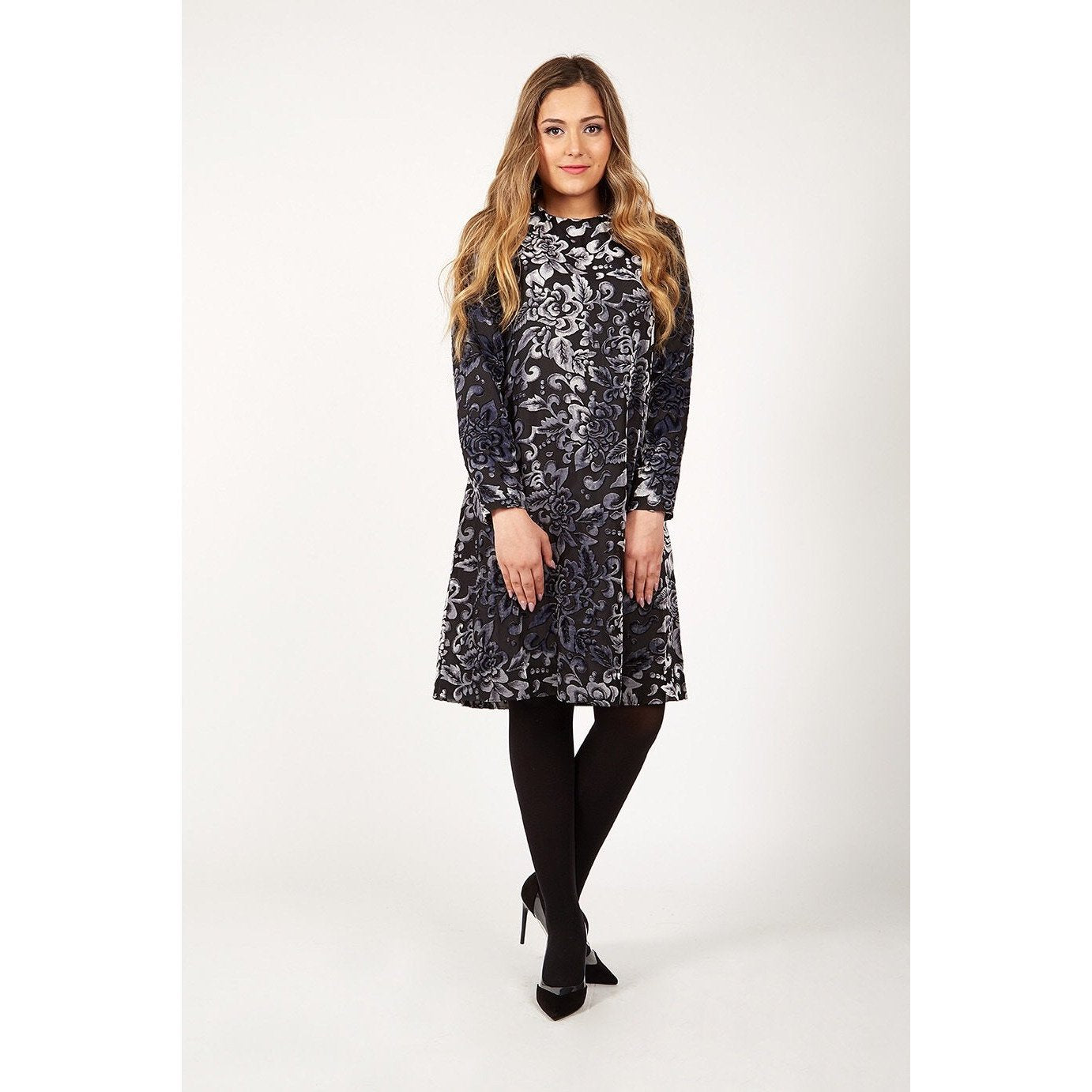 Ladies Vintage Velvet Dress - Modest Necessities
