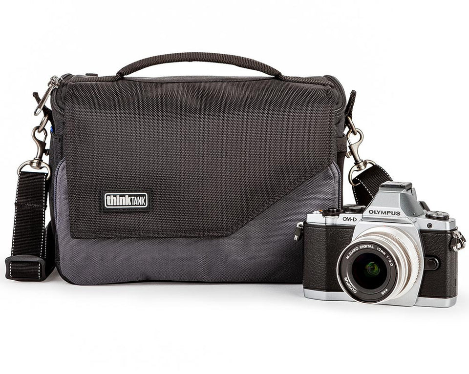 Think Tank Photo Mirrorless Mover 20 Charcoal