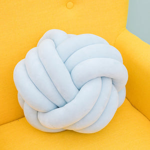 The Knot Cushion