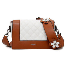 Load image into Gallery viewer, Cute Flowers Crossbody Bag