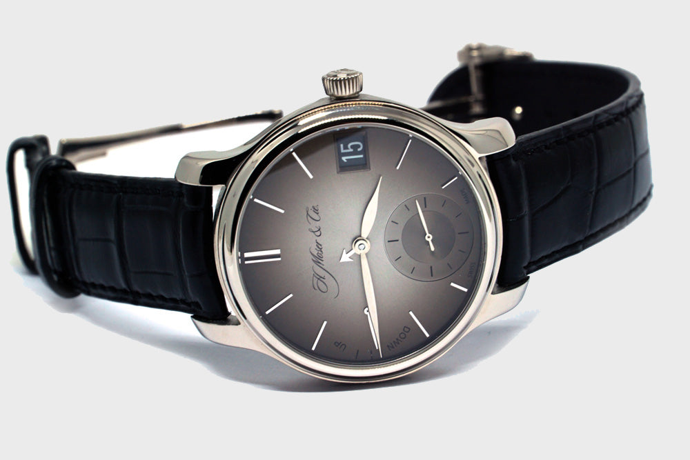 Endeavour Perpetual Calendar Fume - Luxtime - Fine Watches