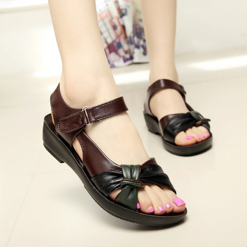 Flat sandals women leather flat with mixed colors fashion sandals comfortable old shoes