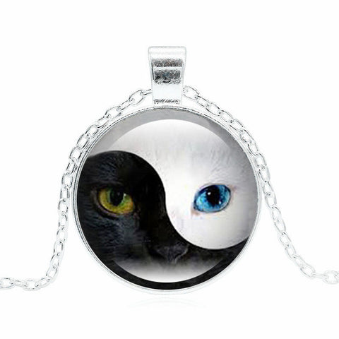 Cat Pendant Necklace Personality Blue Cat Eye Silver Glass Dome Round Choker Necklace