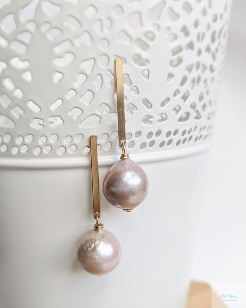 Mauve Pink Pearl Earrings (Gold) - Long Bar Stud