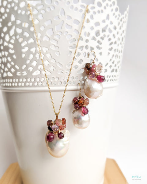 White Baroque Pearls Earrings (Gold) - tourmalines and garnet