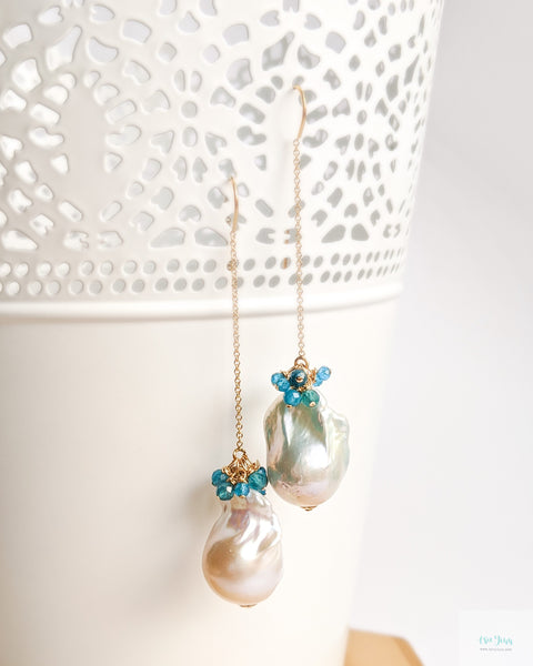 White Baroque Pearls Earrings (Gold) on kidney ear wires - apatite