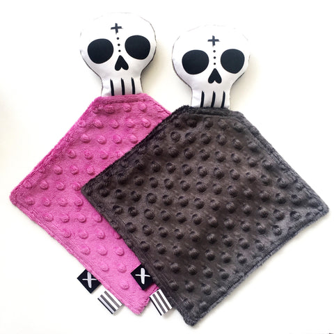 SKULL 'Binkie Blankie'  (you pick the minky colour!)