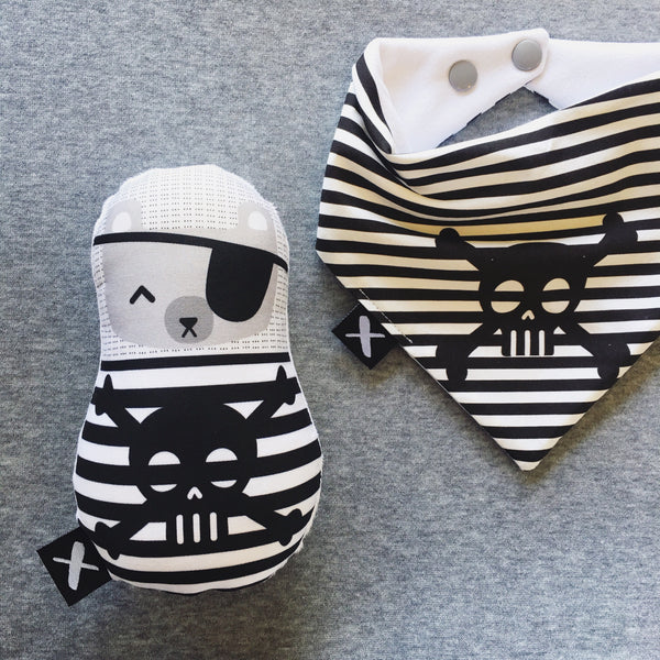PIRATE 'Baby Babushka' organic cotton rattle
