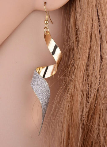 Shine Me Up Earring-Gold - Posh Fashion Girls