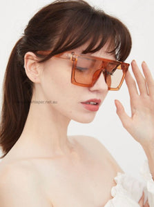Aria oversized Square Sunglasses